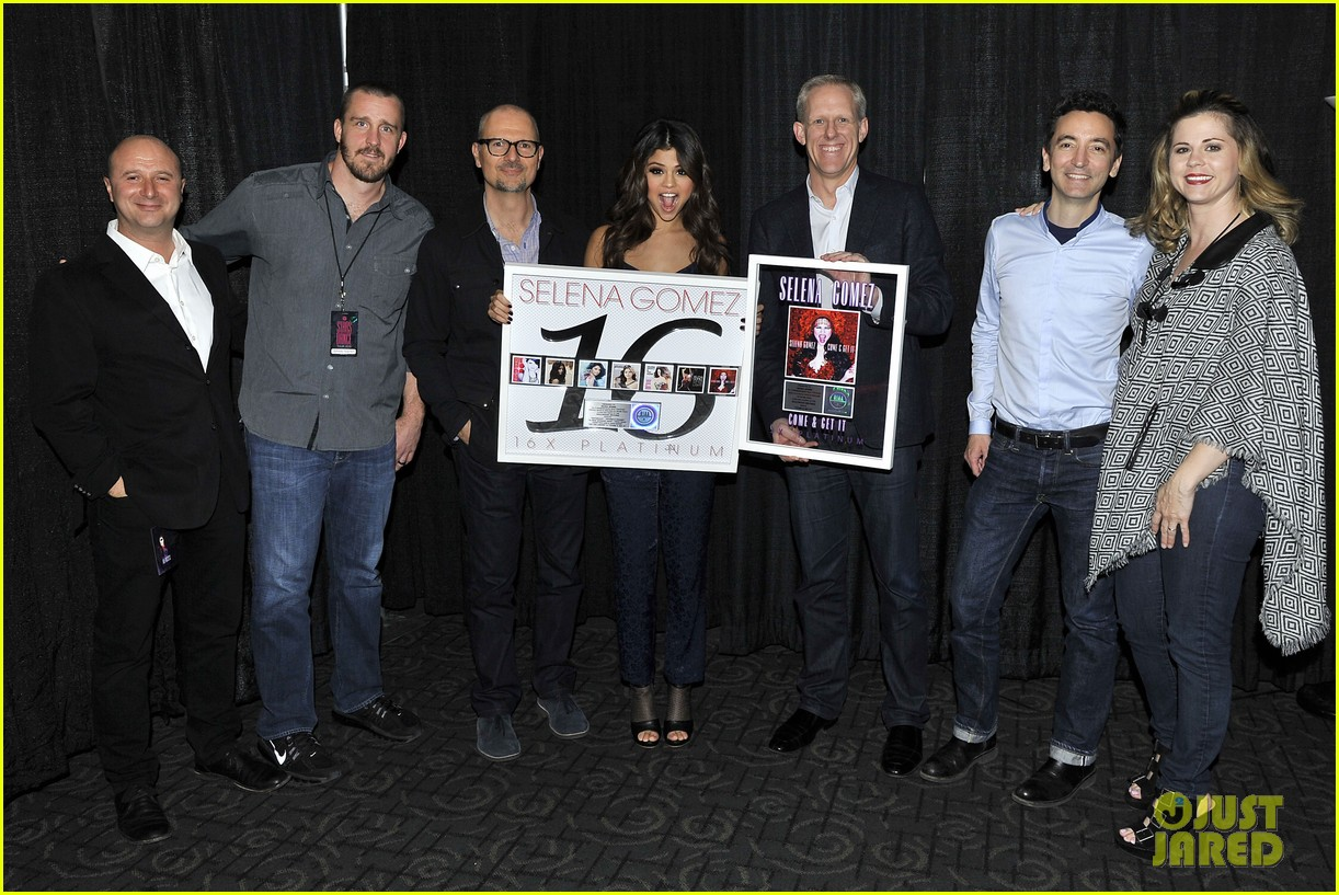 selena gomez platinum plaque before los angeles concert 162987499