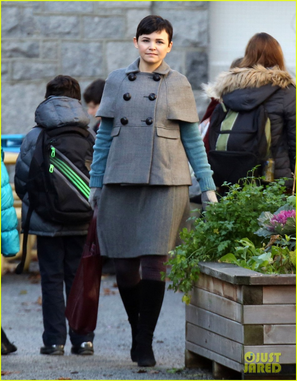 ginnifer goodwin steps out after killing kennedy breaks ratings records 01