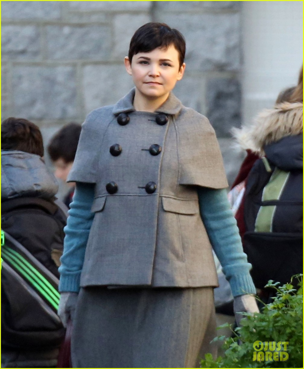 ginnifer goodwin steps out after killing kennedy breaks ratings records 022993090