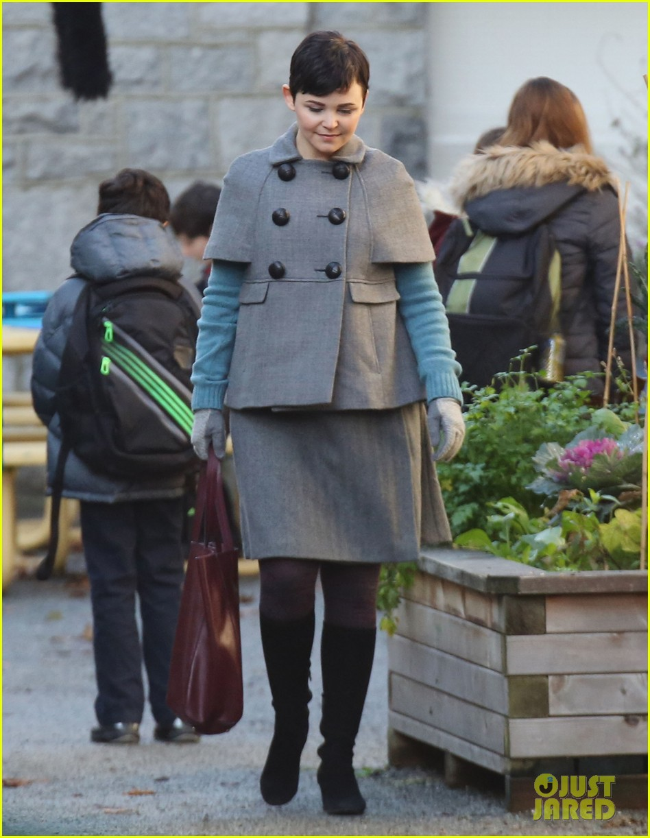 ginnifer goodwin steps out after killing kennedy breaks ratings records 052993093