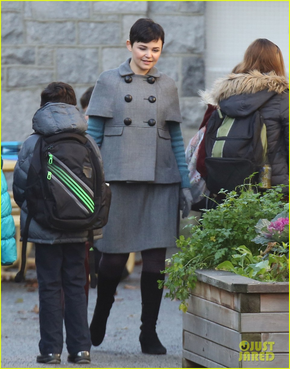 ginnifer goodwin steps out after killing kennedy breaks ratings records 102993098