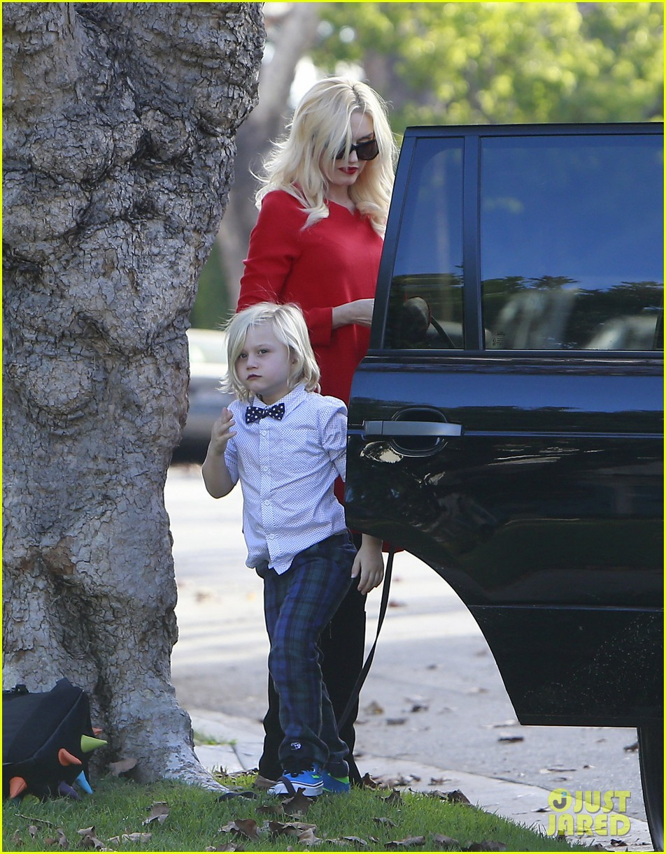 gwen stefani thanksgiving parents house 073001928