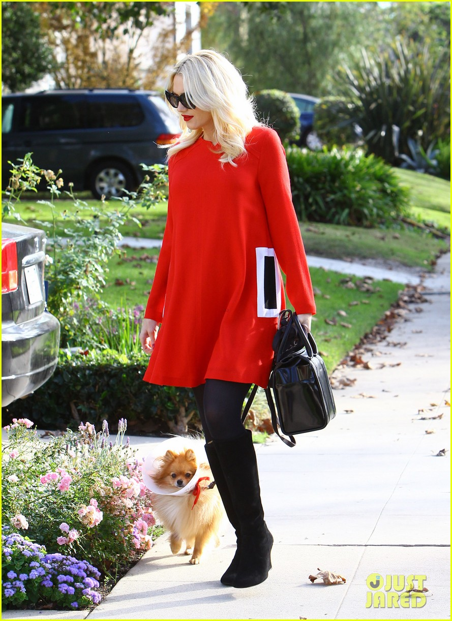 gwen stefani thanksgiving parents house 303001951