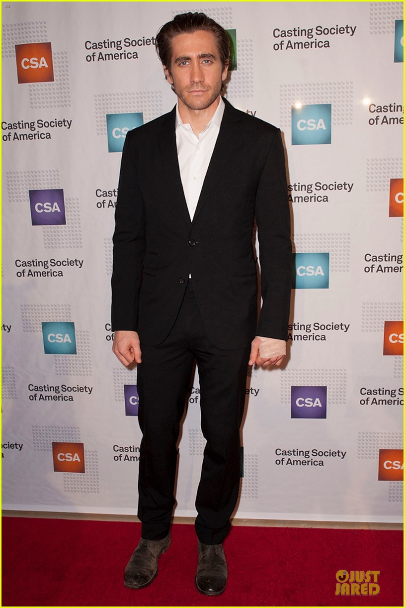 jake gyllenhaal bandaged stud at artios awards 2013 01