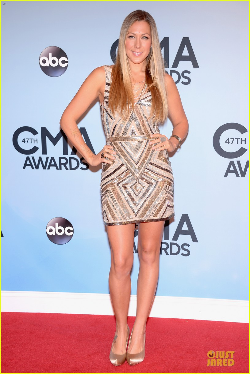 lucy hale colbie caillat cma awards 2013 red carpet 032987227