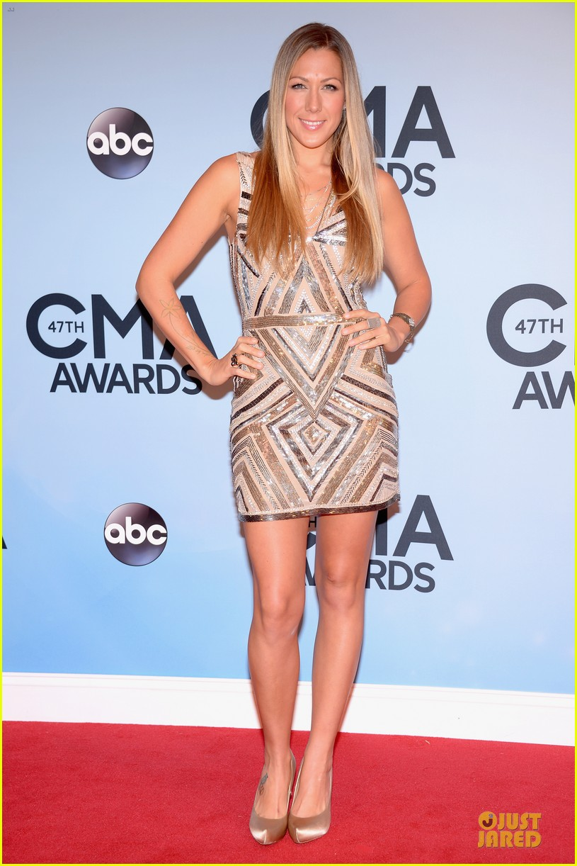 lucy hale colbie caillat cma awards 2013 red carpet 102987234