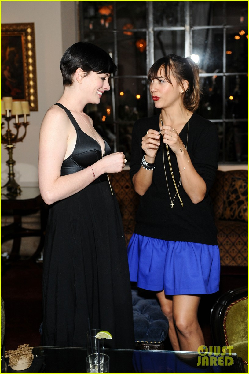 anne hathaway rashida jones fine by dannijones dinner 032992778