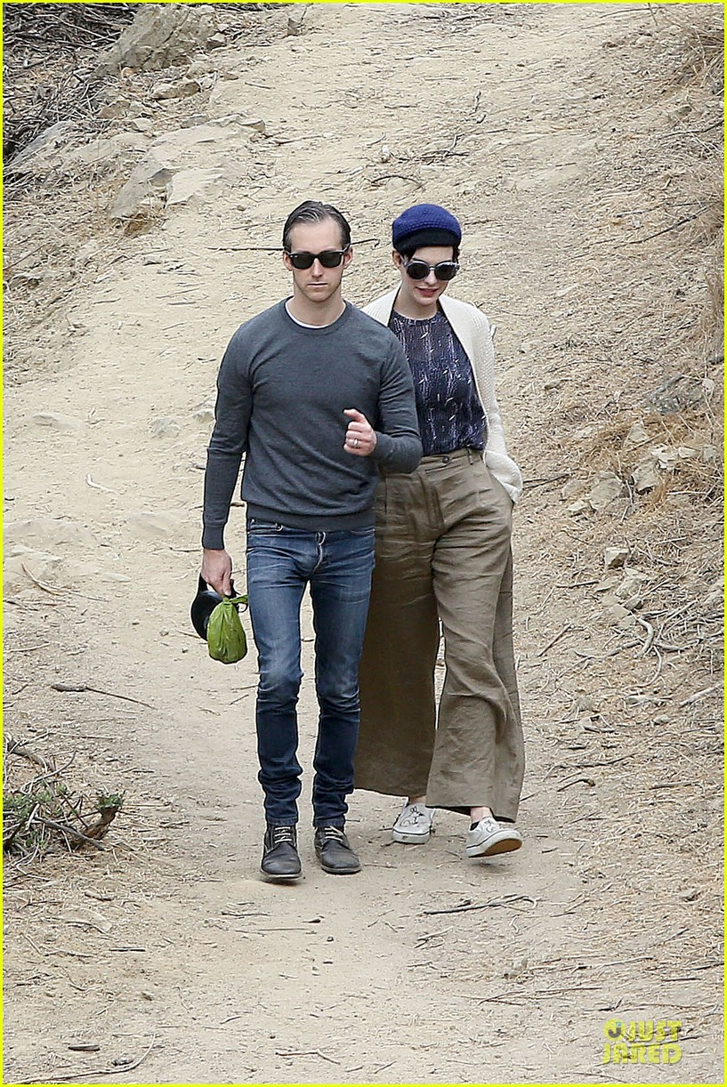 anne hathaway adam shulman hold hands for intimate walk 02