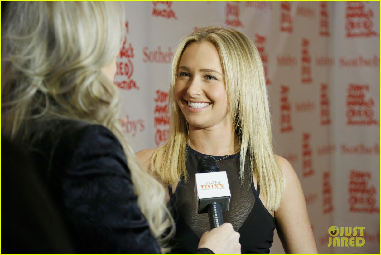 hayden panettiere anne v jony marcs red auction 132998724