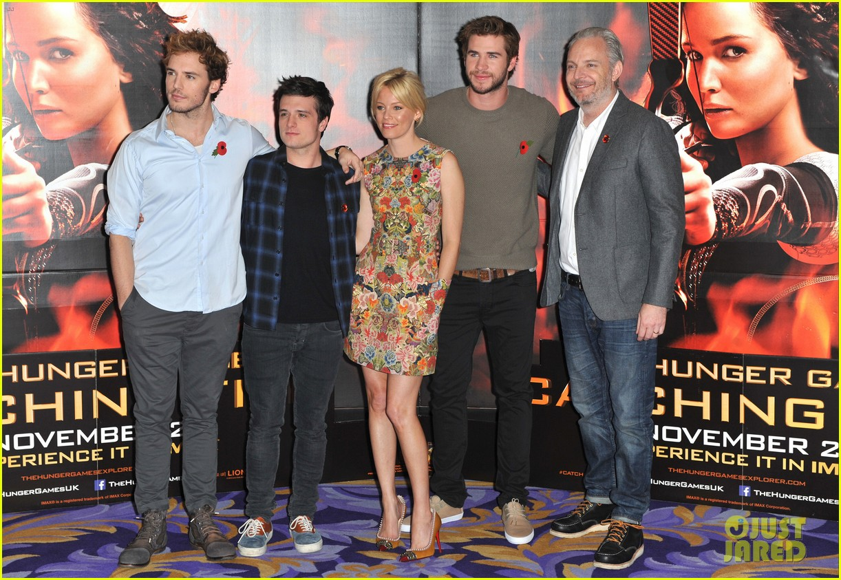 liam hemsworth josh hutcherson catching fire london photo call 142990220
