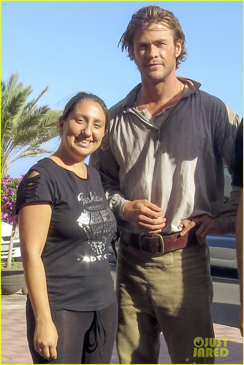 chris hemsworth greets fans on heart of the sea set 132995893