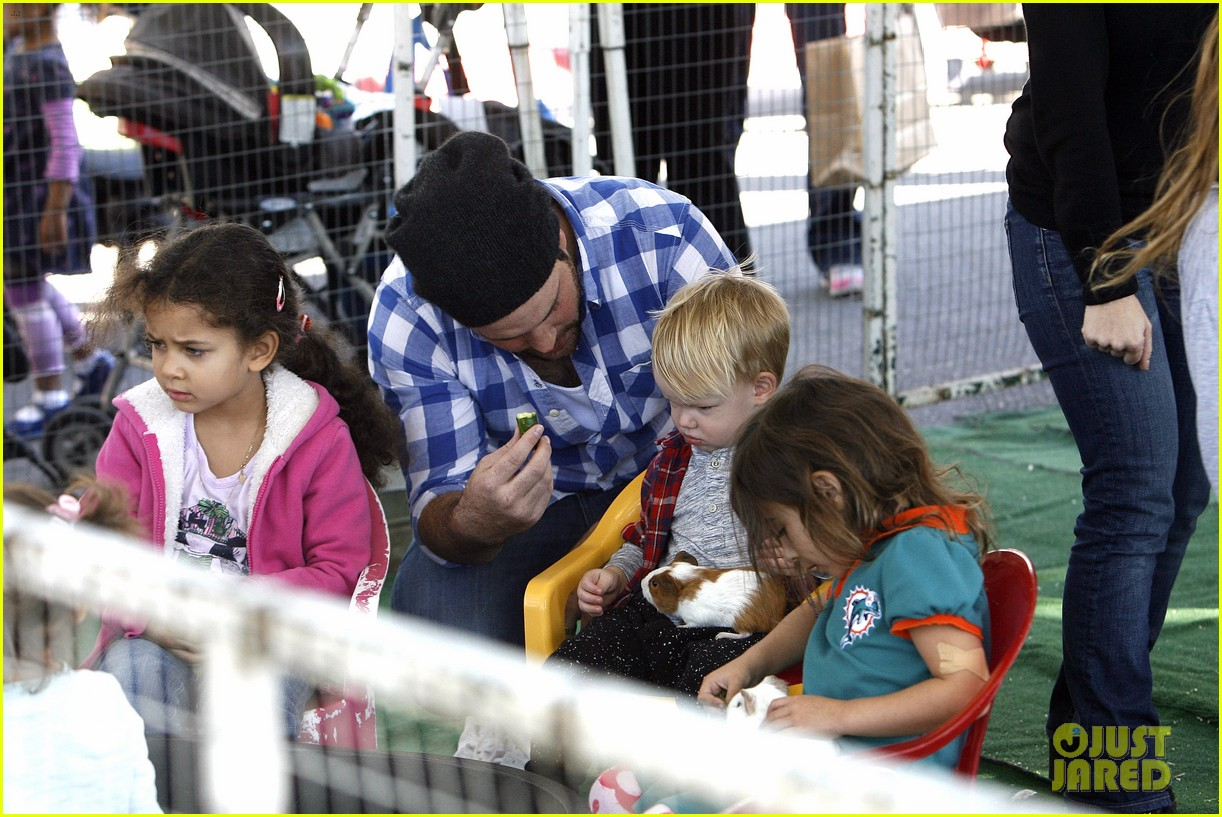 hilary duff mike comrie petting zoo with luca 302999146