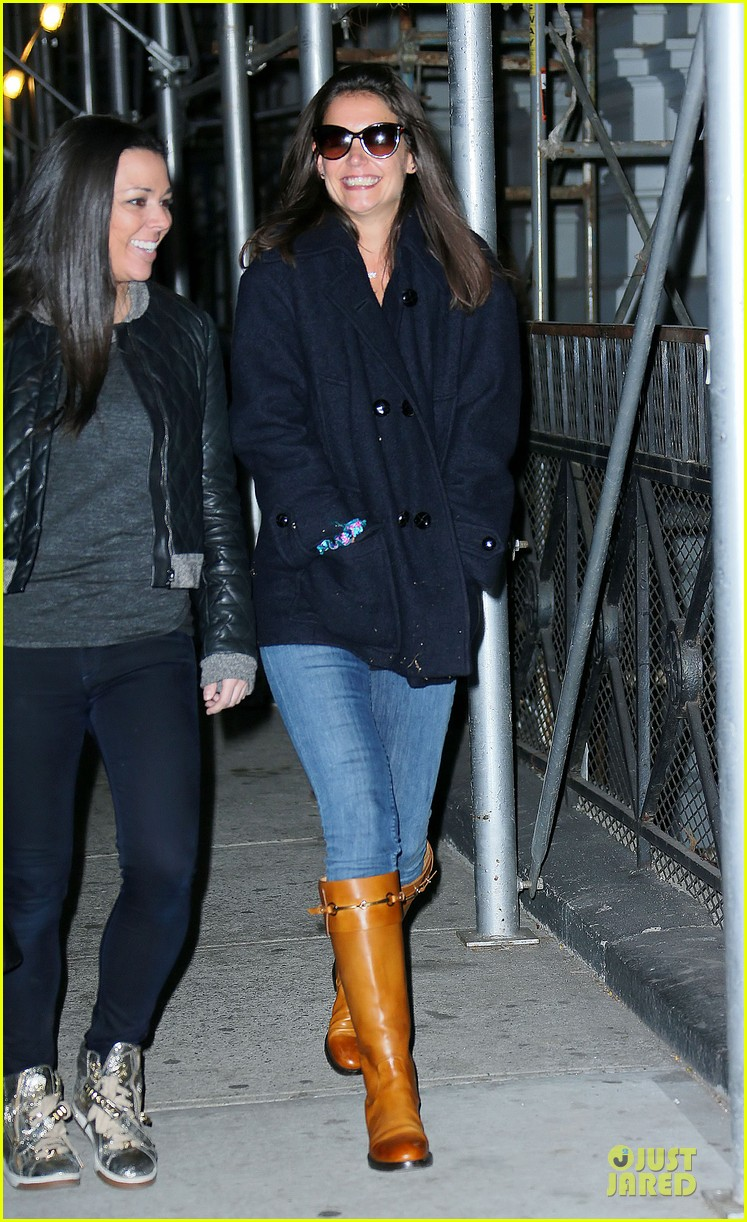 katie holmes back in nyc after the giver filming 012993733