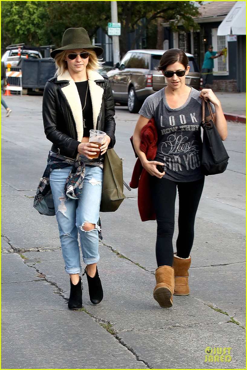 julianne hough flat tummy after cara santana lunch 192994107