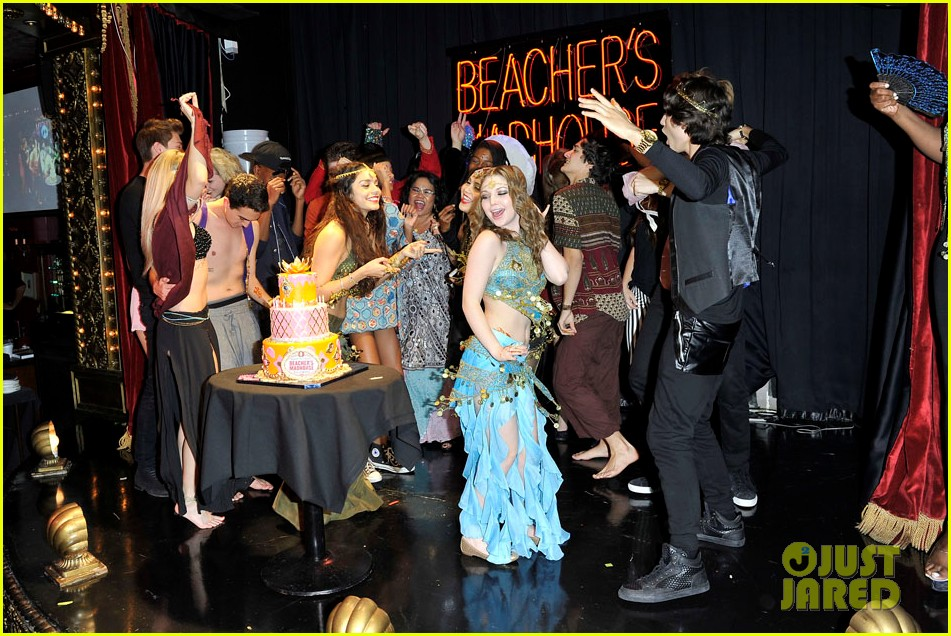 vannessa hudgens stella birthday party at beachers madhouse 312995405