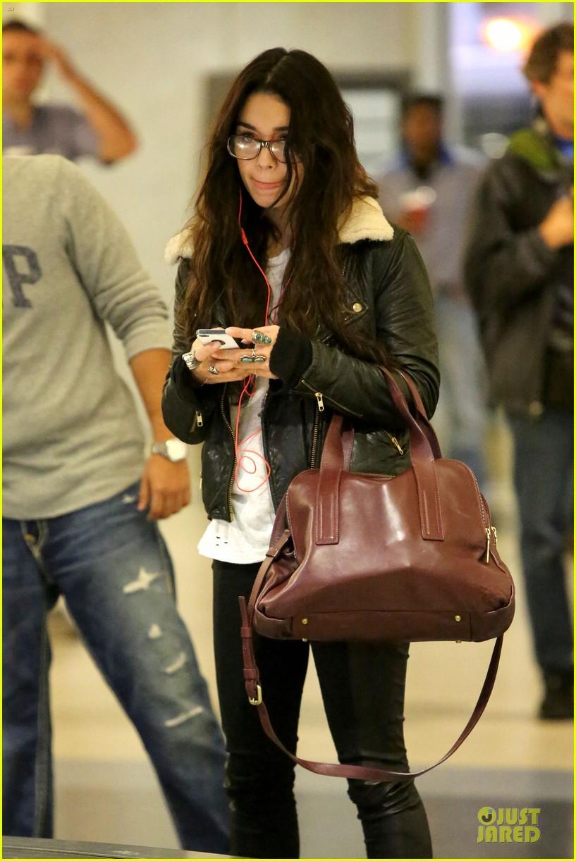 vanessa hudgens sports eyeglasses at lax airport 132993784