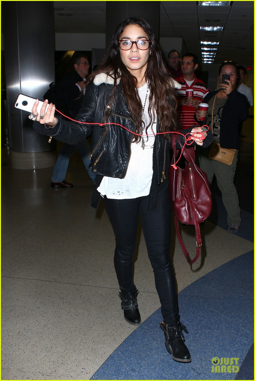 vanessa hudgens sports eyeglasses at lax airport 212993792