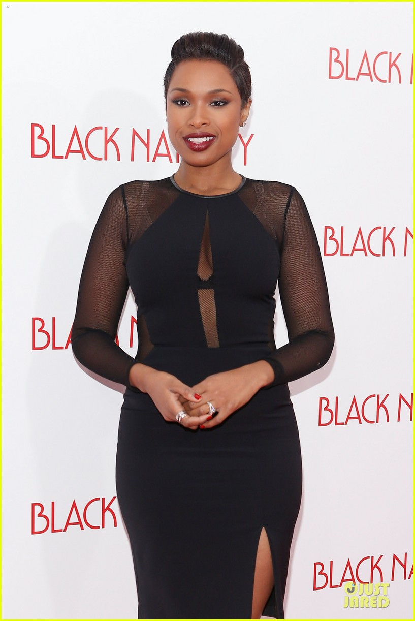 jennifer hudson angela bassett black nativity premiere 022995687