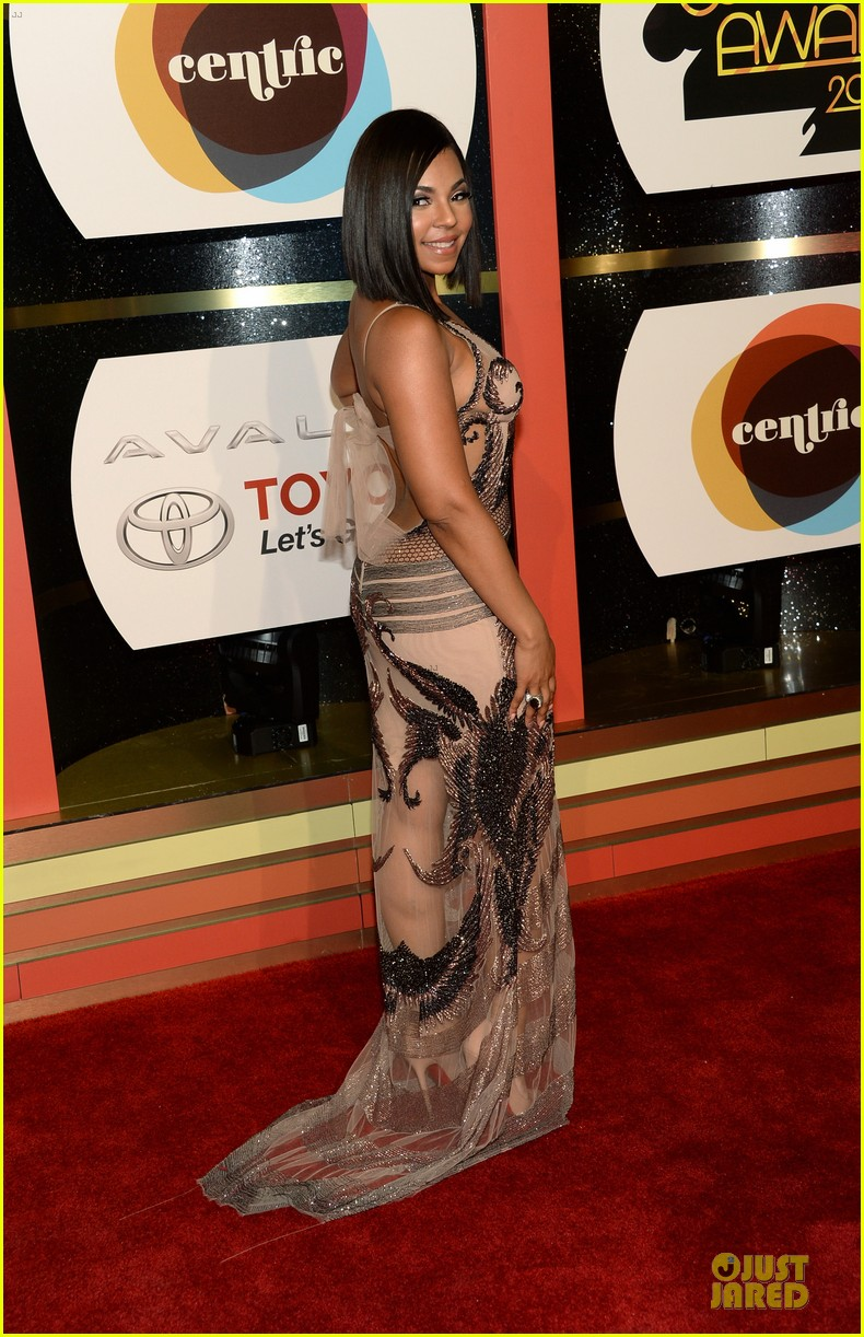 jennifer hudson ashanti soul train awards 2013 red carpet 072988740