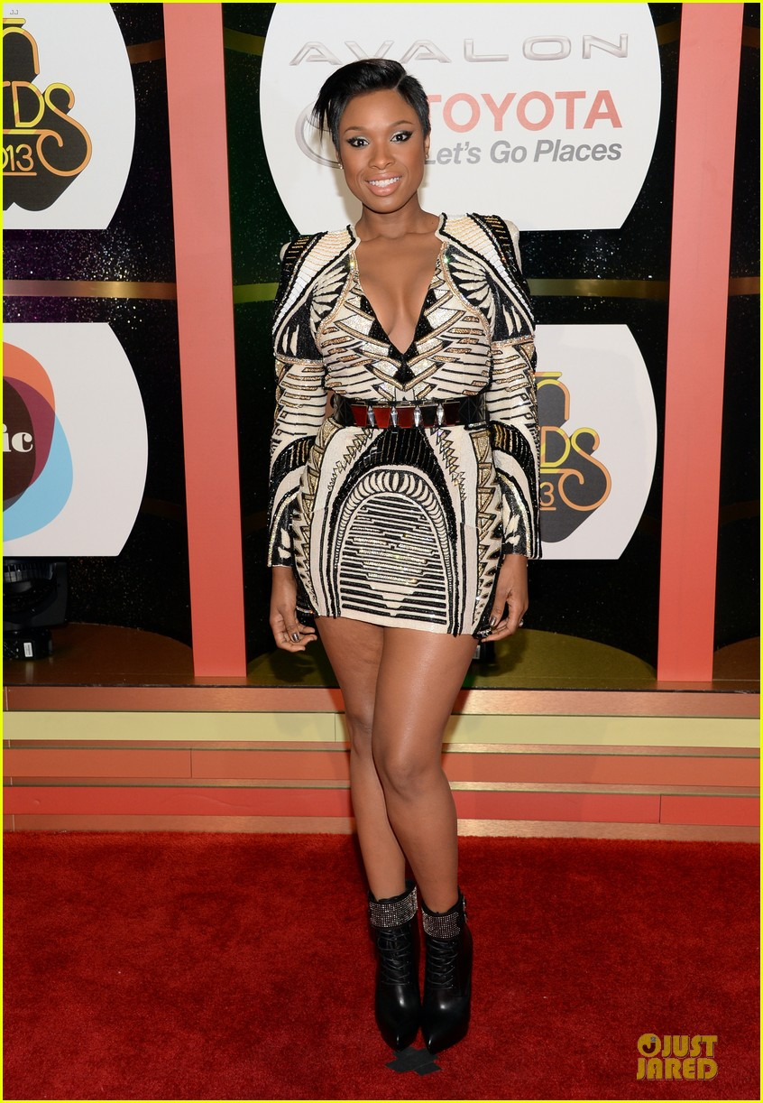 jennifer hudson ashanti soul train awards 2013 red carpet 152988748