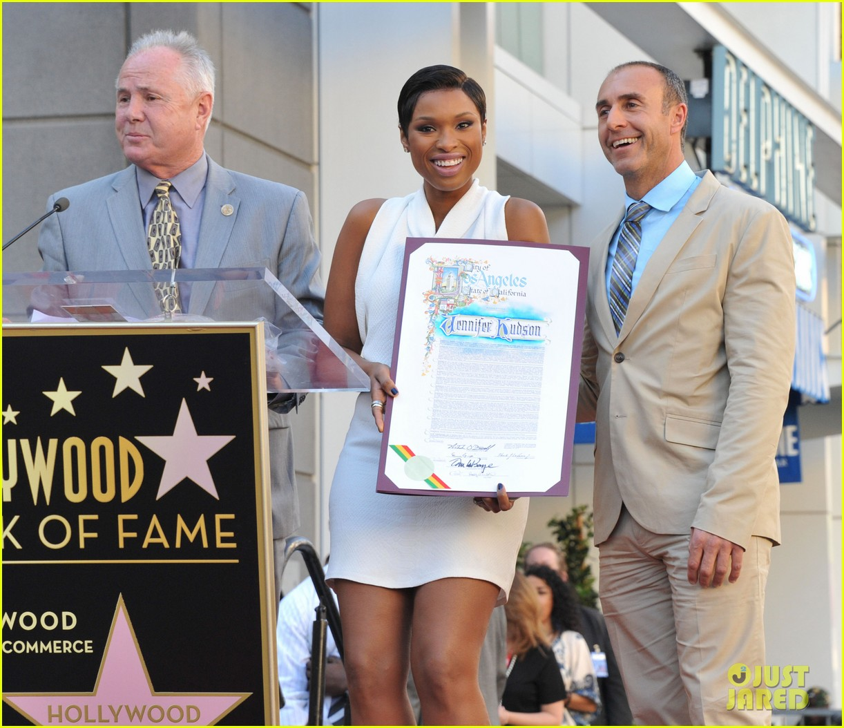 jennifer hudson receives star on hollywood walk of fame 122992025
