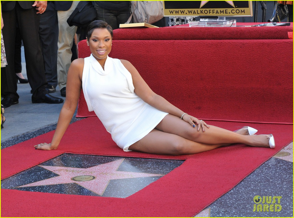 jennifer hudson receives star on hollywood walk of fame 142992027