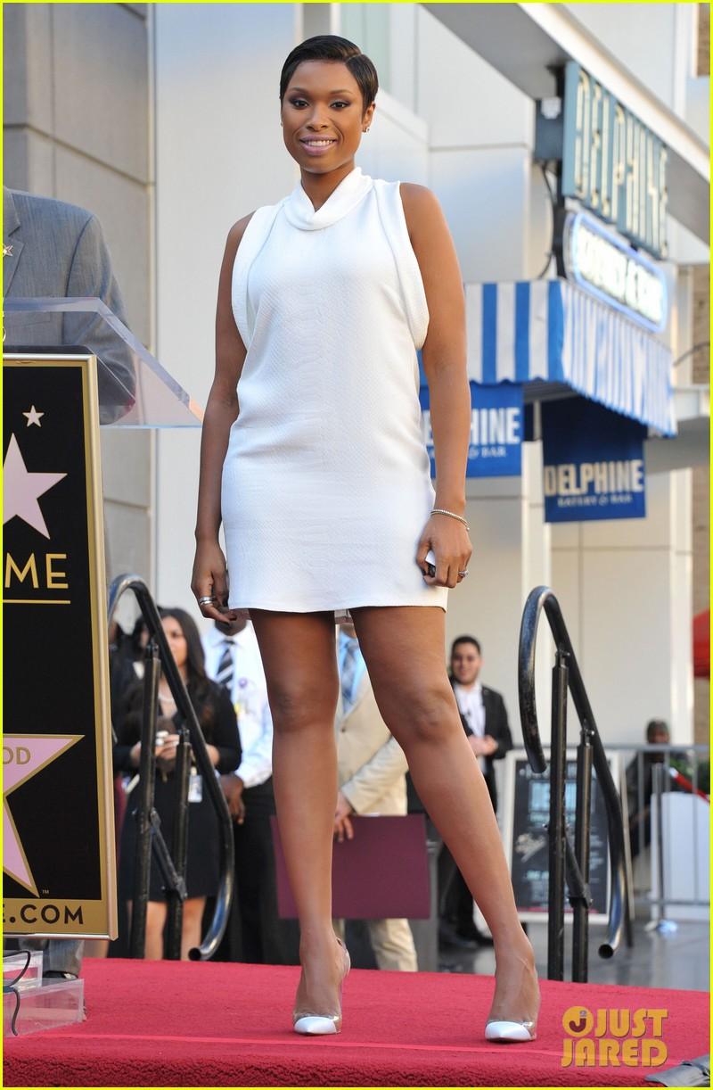 jennifer hudson receives star on hollywood walk of fame 162992029