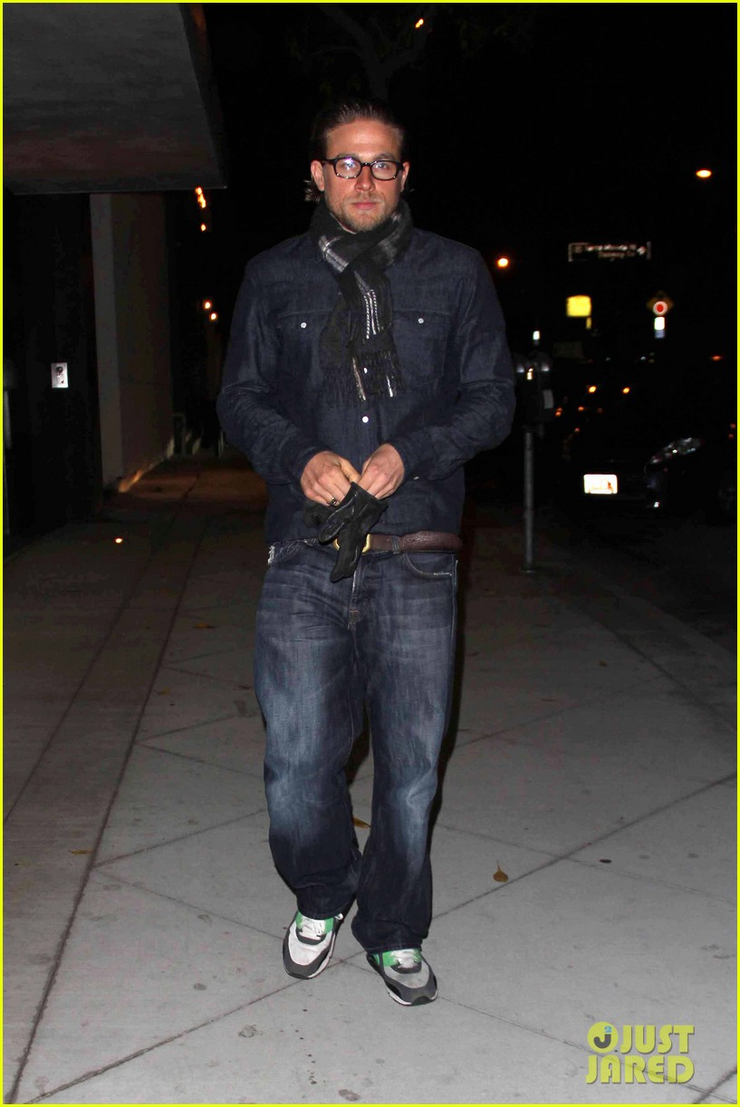 charlie hunnam does double denim for tuesday night out 03