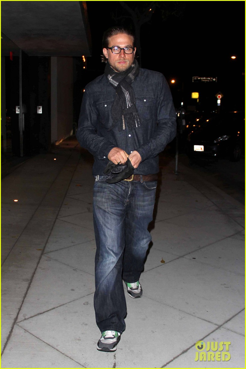 charlie hunnam does double denim for tuesday night out 05