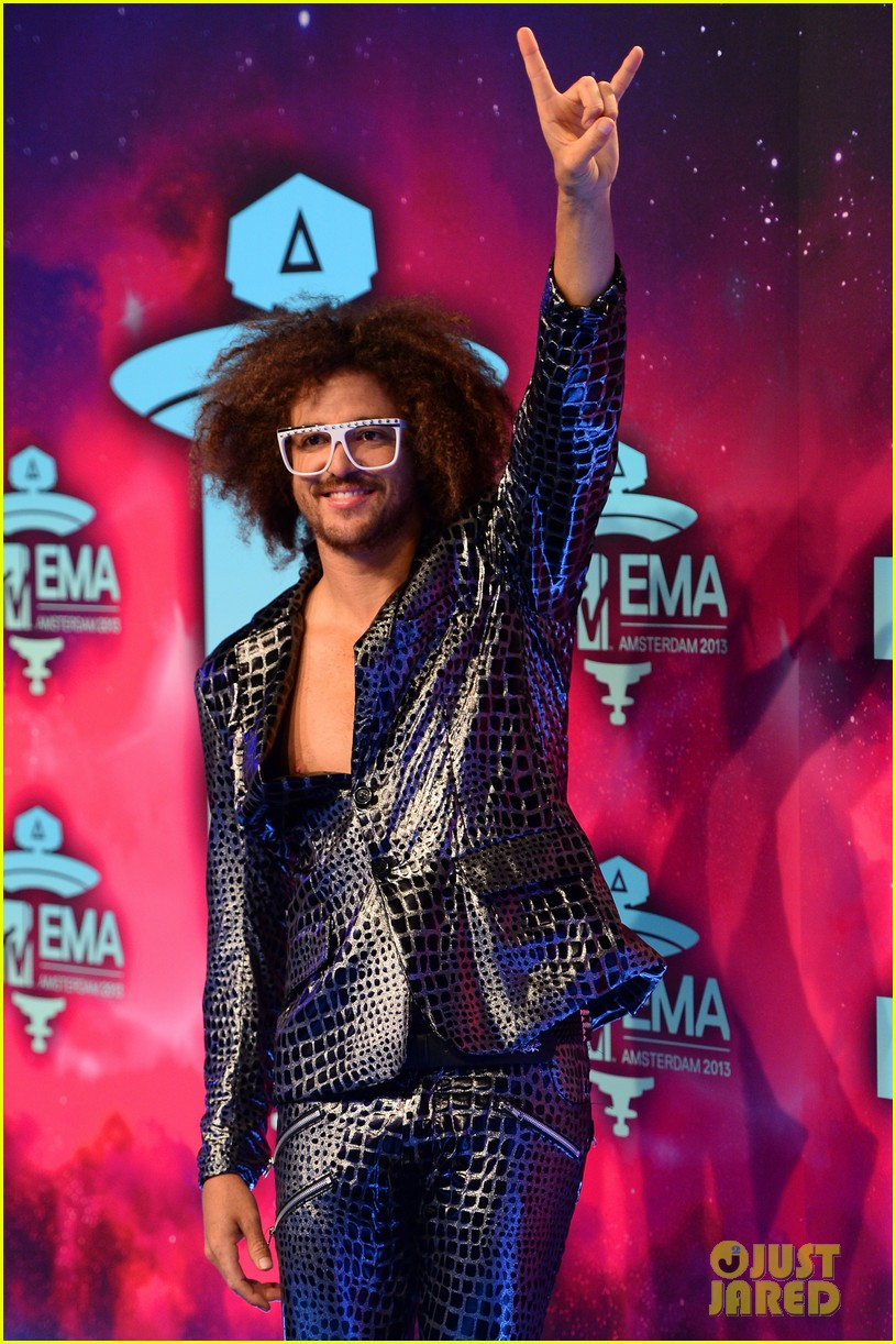 icona pop redfoo mtv emas 2013 red carpet 112989743