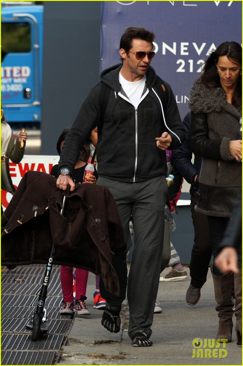 hugh jackman steps out with familly after wolverine news 052988361