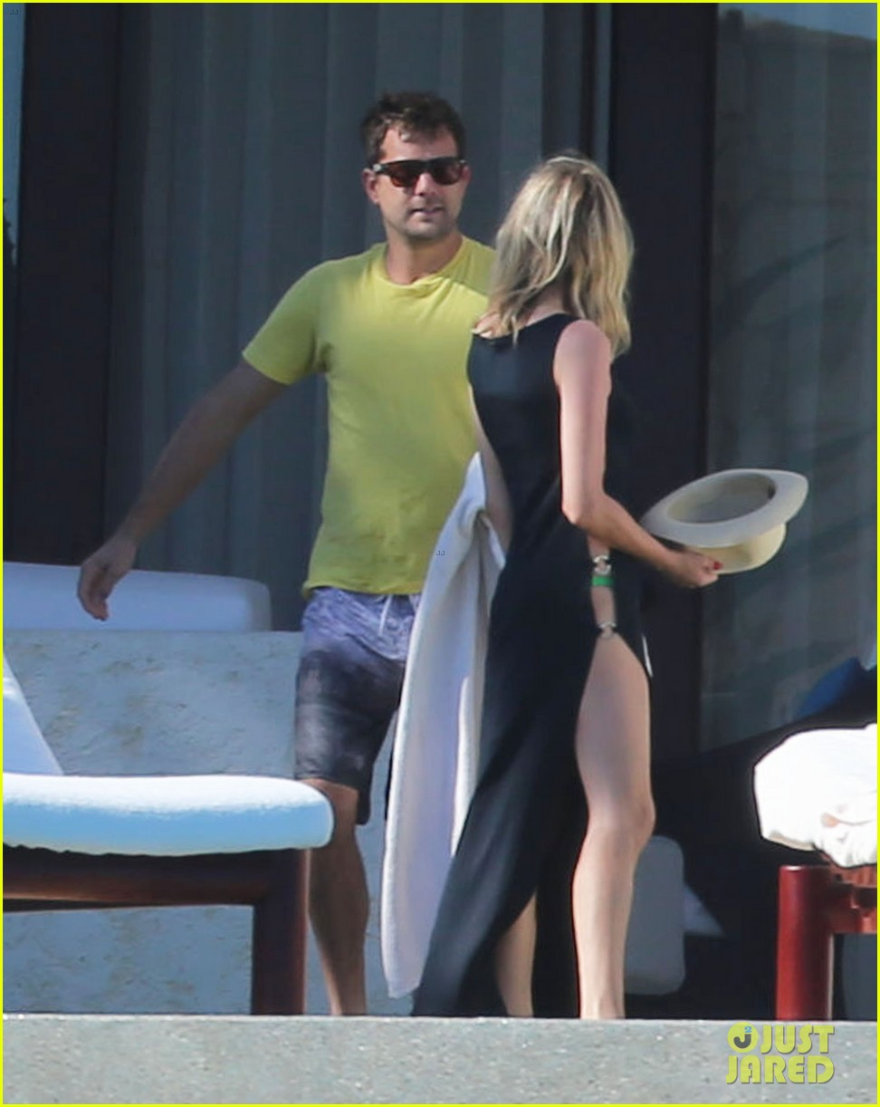 joshua jackson goes shirtless diane kruger wears bikini for cabo getaway 20