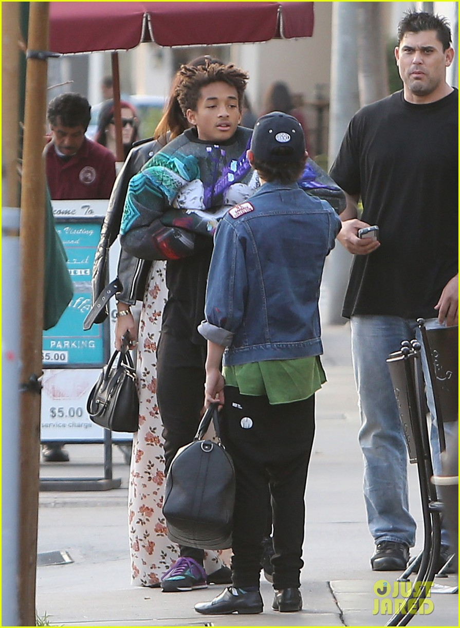 jaden smith kylie jenner shop dine with larger group 102996509