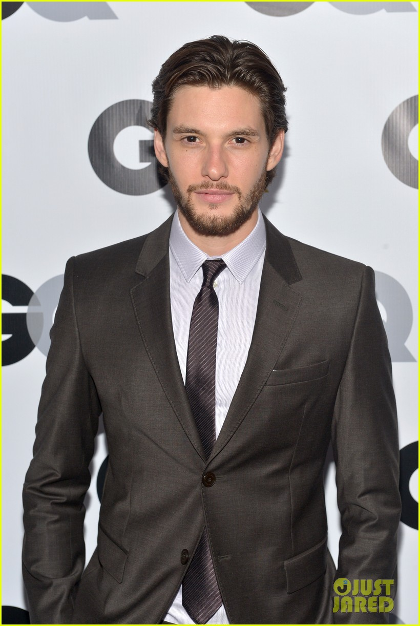 aaron taylor johnson ben barnes gq men of the year party 042991452