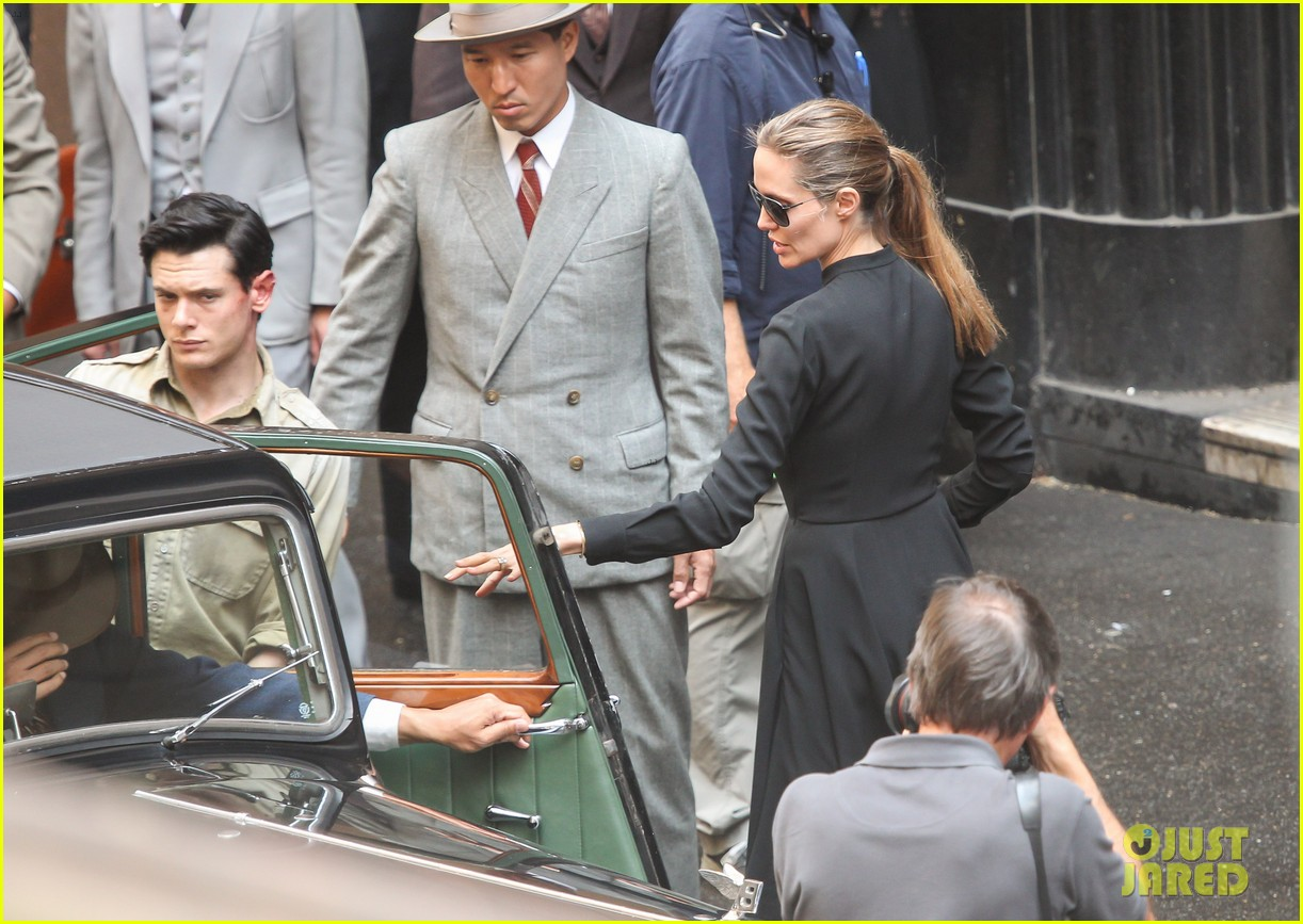 angelina jolie gets back to directing unbroken in australia 112997684