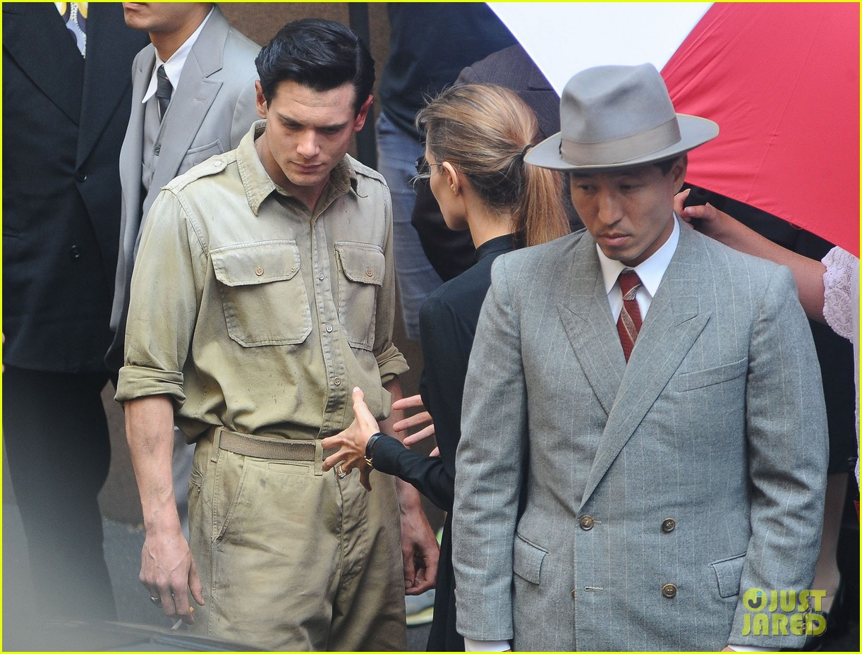 angelina jolie gets back to directing unbroken in australia 23