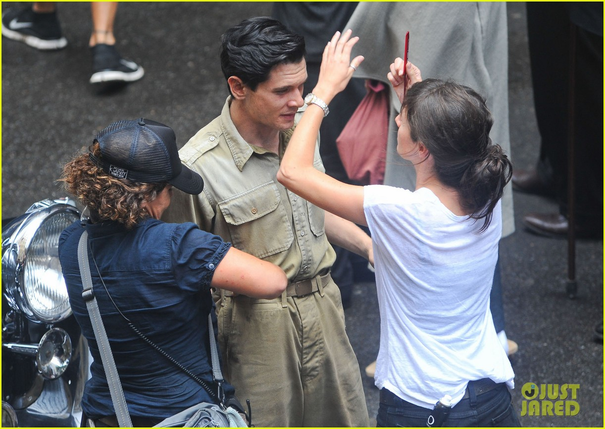 angelina jolie gets back to directing unbroken in australia 322997705