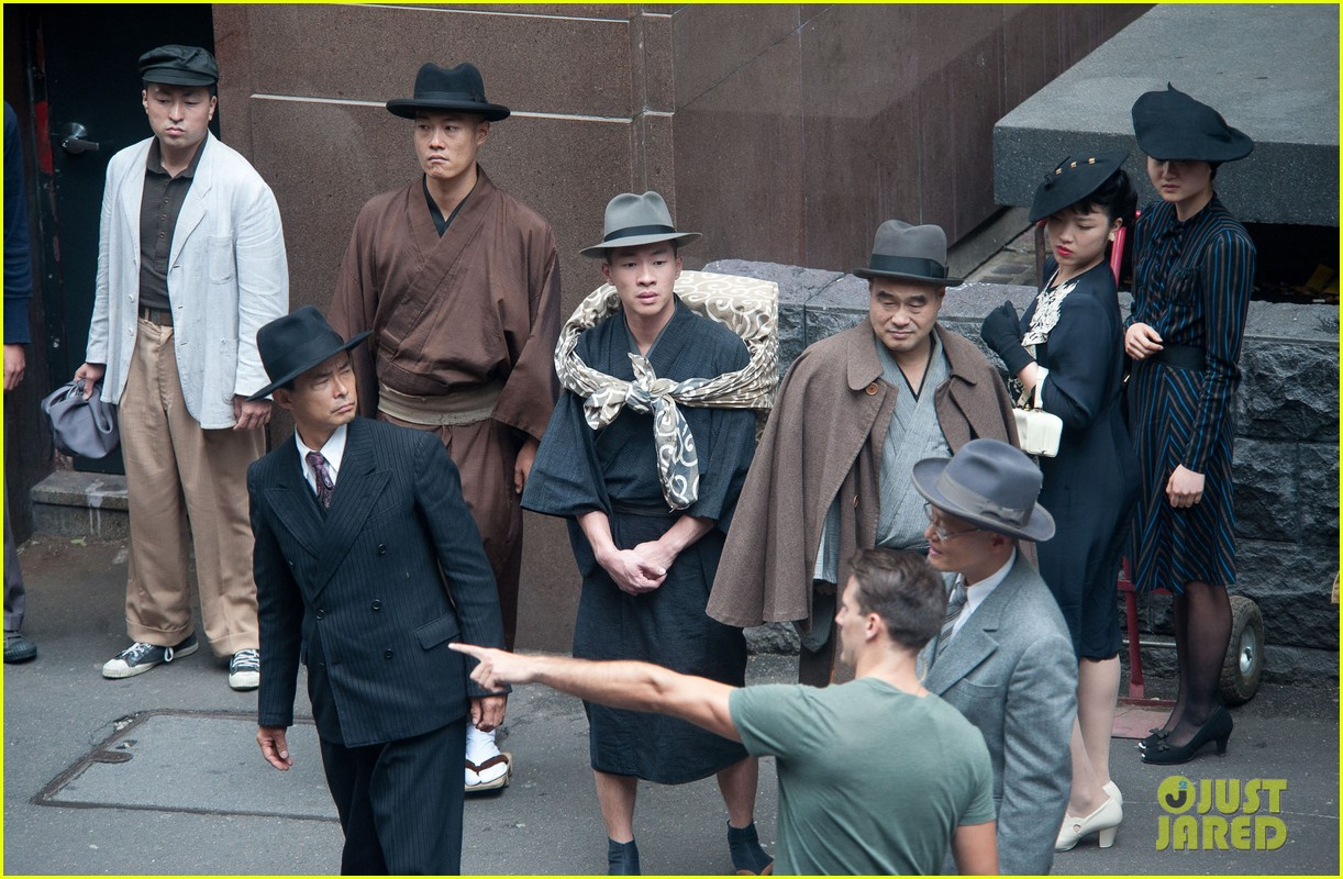 angelina jolie gets back to directing unbroken in australia 34