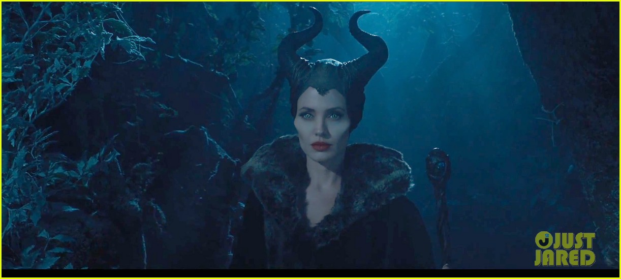 angelina jolie maleficent teaser trailer with daughter vivienne 052991613