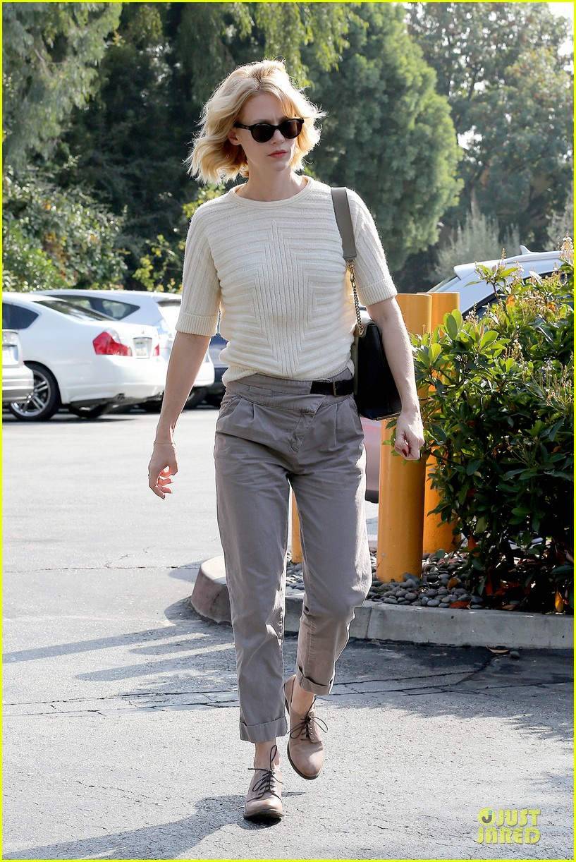 january jones sunglasses sporting pair 10