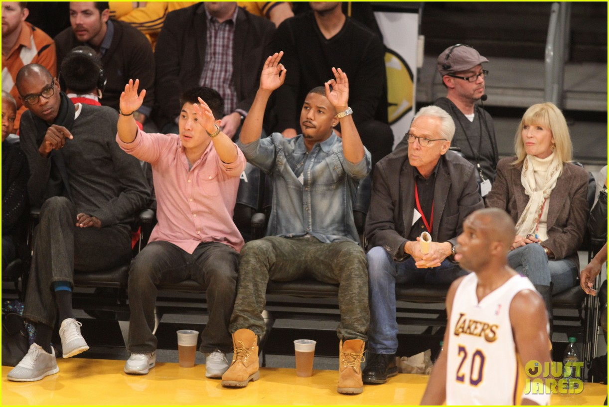 michael b jordan courtside seats at lakers v kings game 03