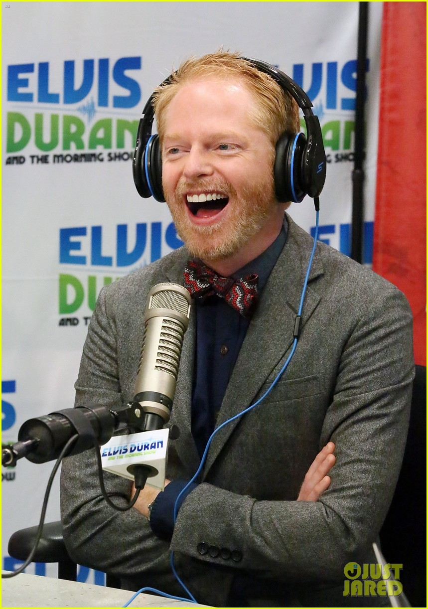jesse tyler ferguson weighs in on alec baldwin controversy 062997613
