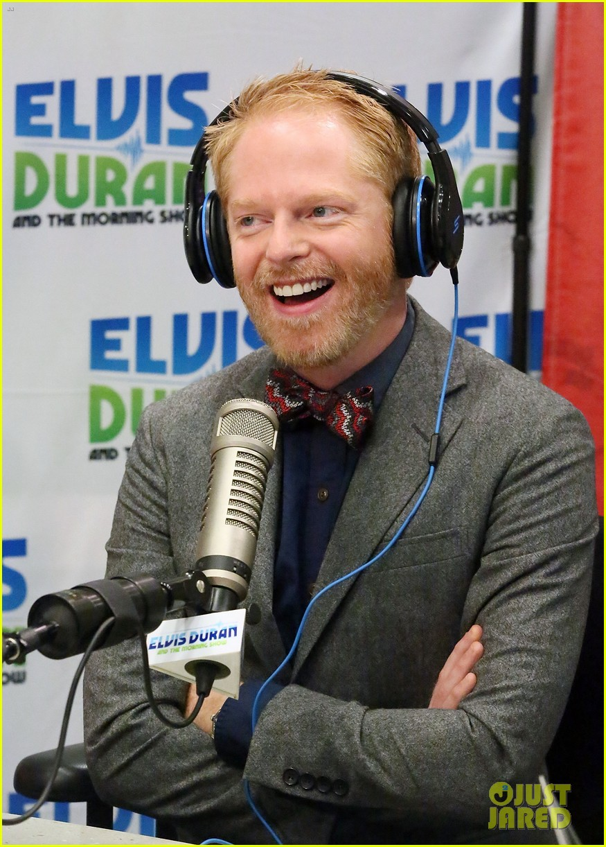 jesse tyler ferguson weighs in on alec baldwin controversy 092997616