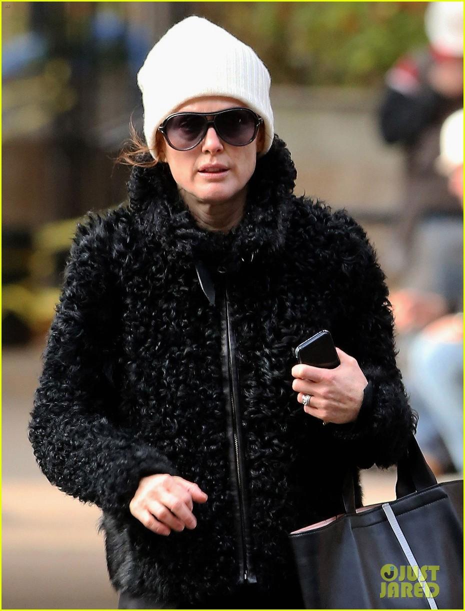 julianne moore joins still alice film adaptation 052994818
