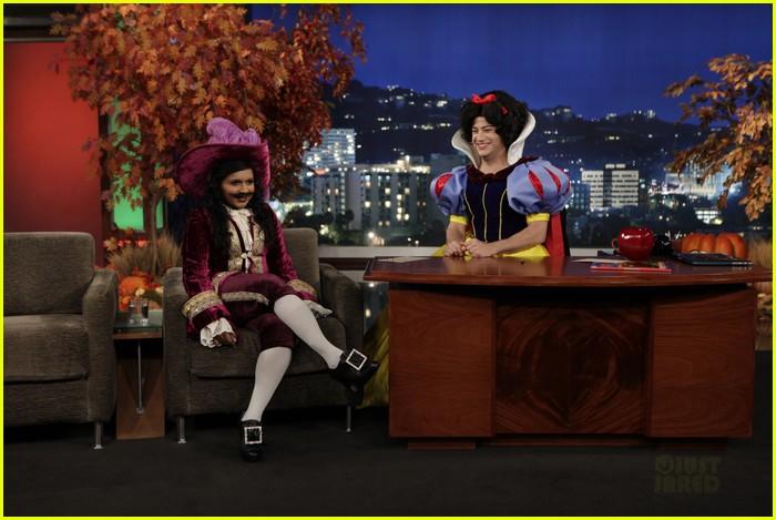mindy kaling jimmy kimmel disney halloween costumes 012984100
