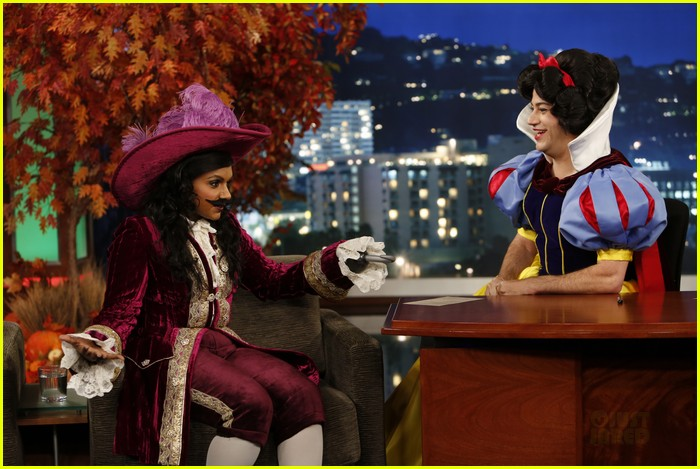 mindy kaling jimmy kimmel disney halloween costumes 052984104