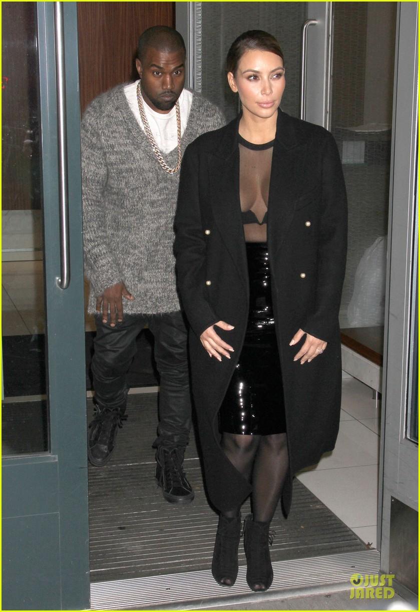 kim kardashian sheer cleavage for kanye west concert 03