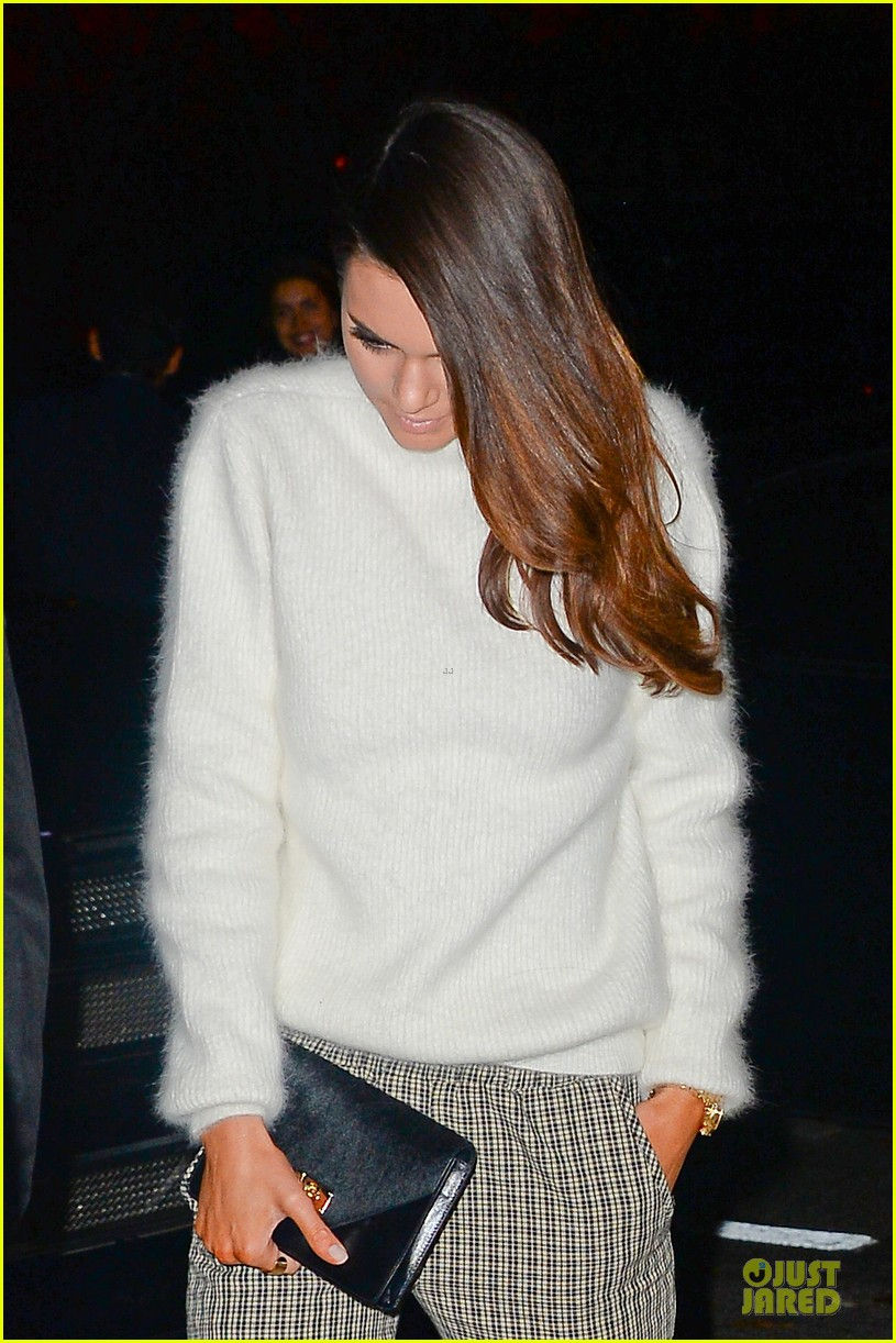 kim kardashian perforated top for outing with kendall jenner 042995633