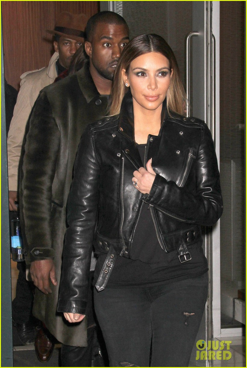 kim kardashian kanye west smile big for lucky fans 022999716