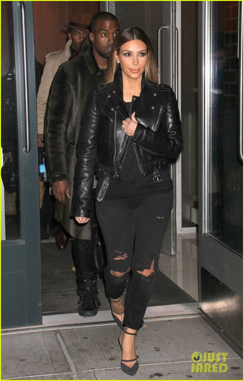 kim kardashian kanye west smile big for lucky fans 212999735